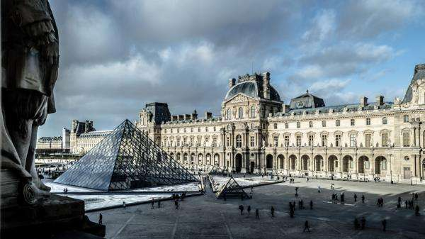Don't miss the summer exhibition at the Louvre Museum!